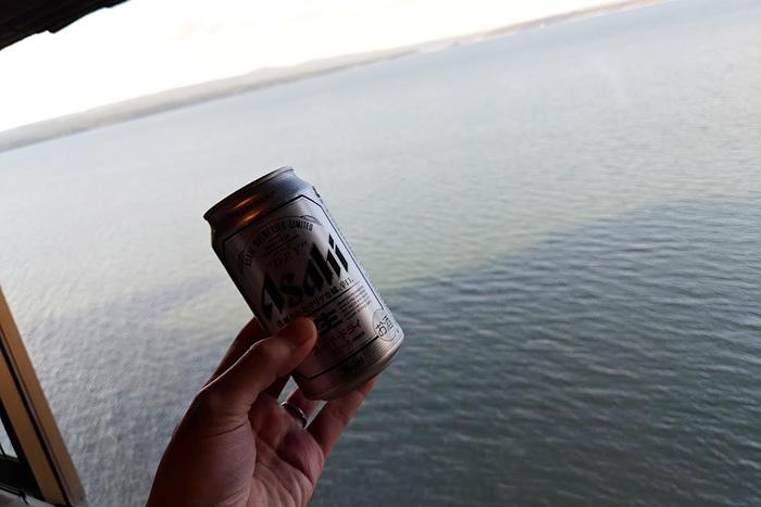 七尾湾を見ながらAsahiスーパードライを堪能